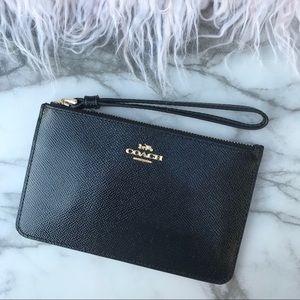 Coach patent leather small wristlet black